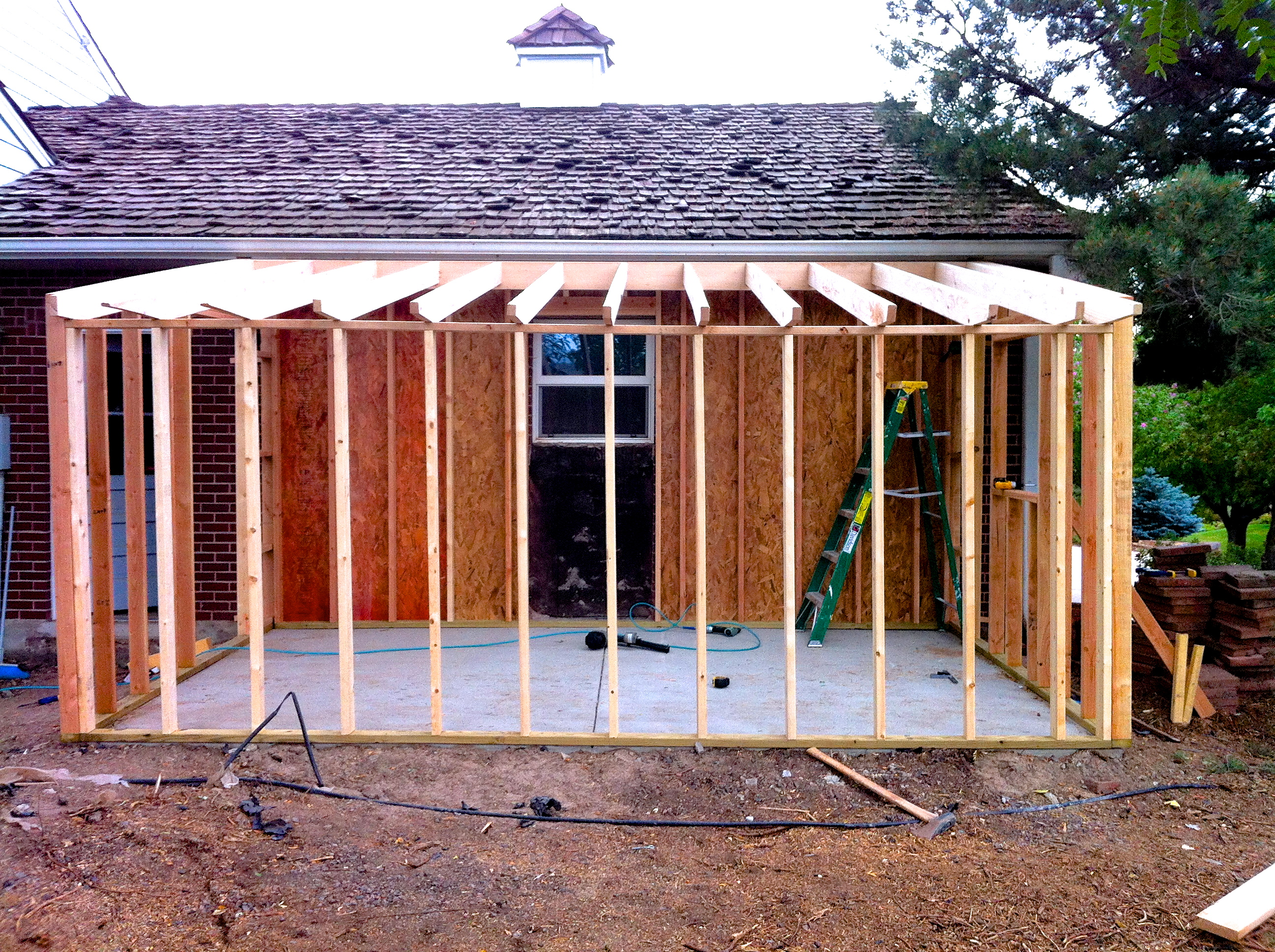 How to build a storage shed attached to your home jim for Building on to my house